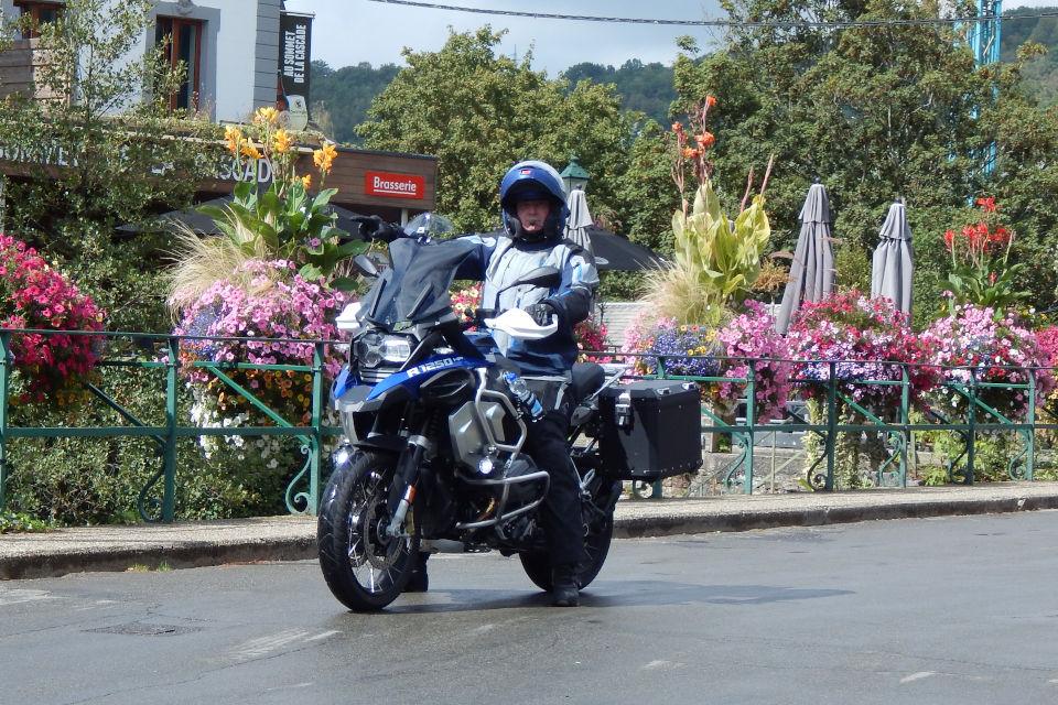 Motorrijbewijspoint Heerlen examengarantie AVB en AVD